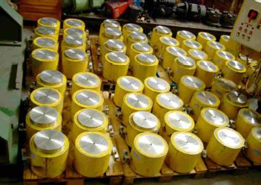 5,000 ton lifting gear jacks